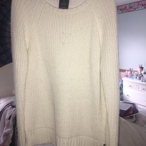 White American Eagle Outfitters Sweater